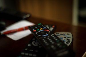 remote-control-932273_1280